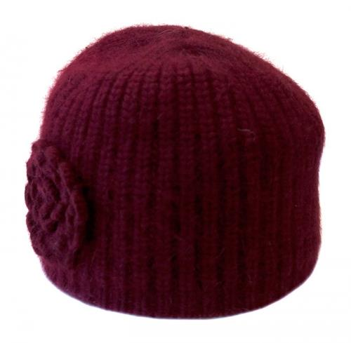 Hat knitted w rose