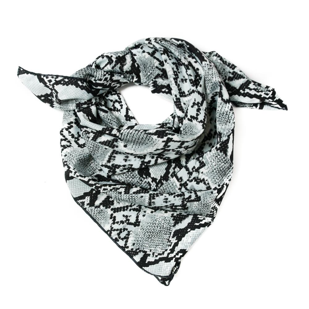 Scarf, small snake pattern black