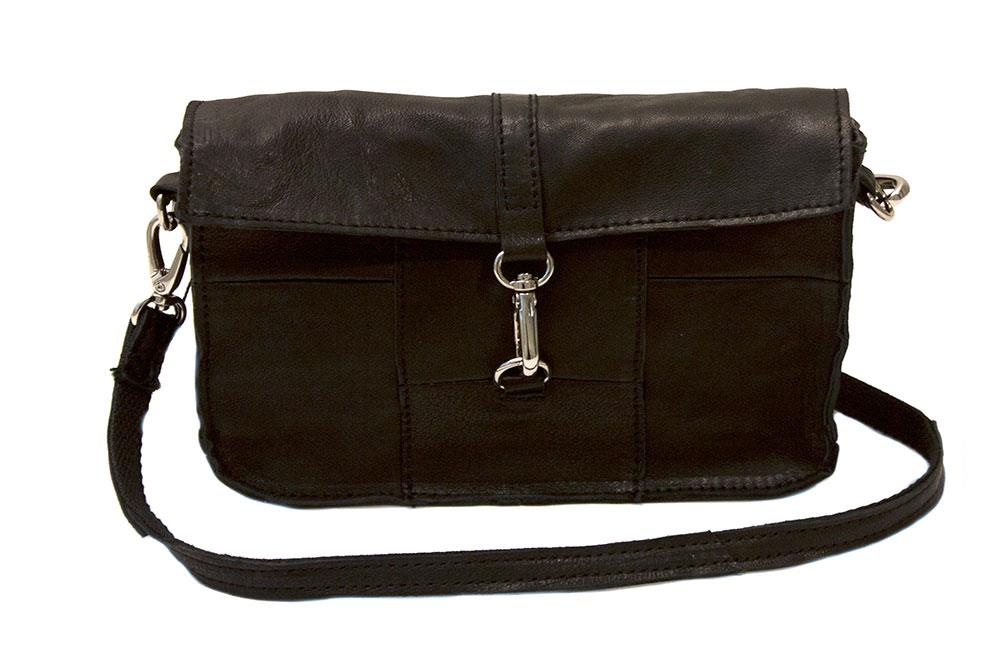 Bag,square crossoverclutch with big buckle, black
