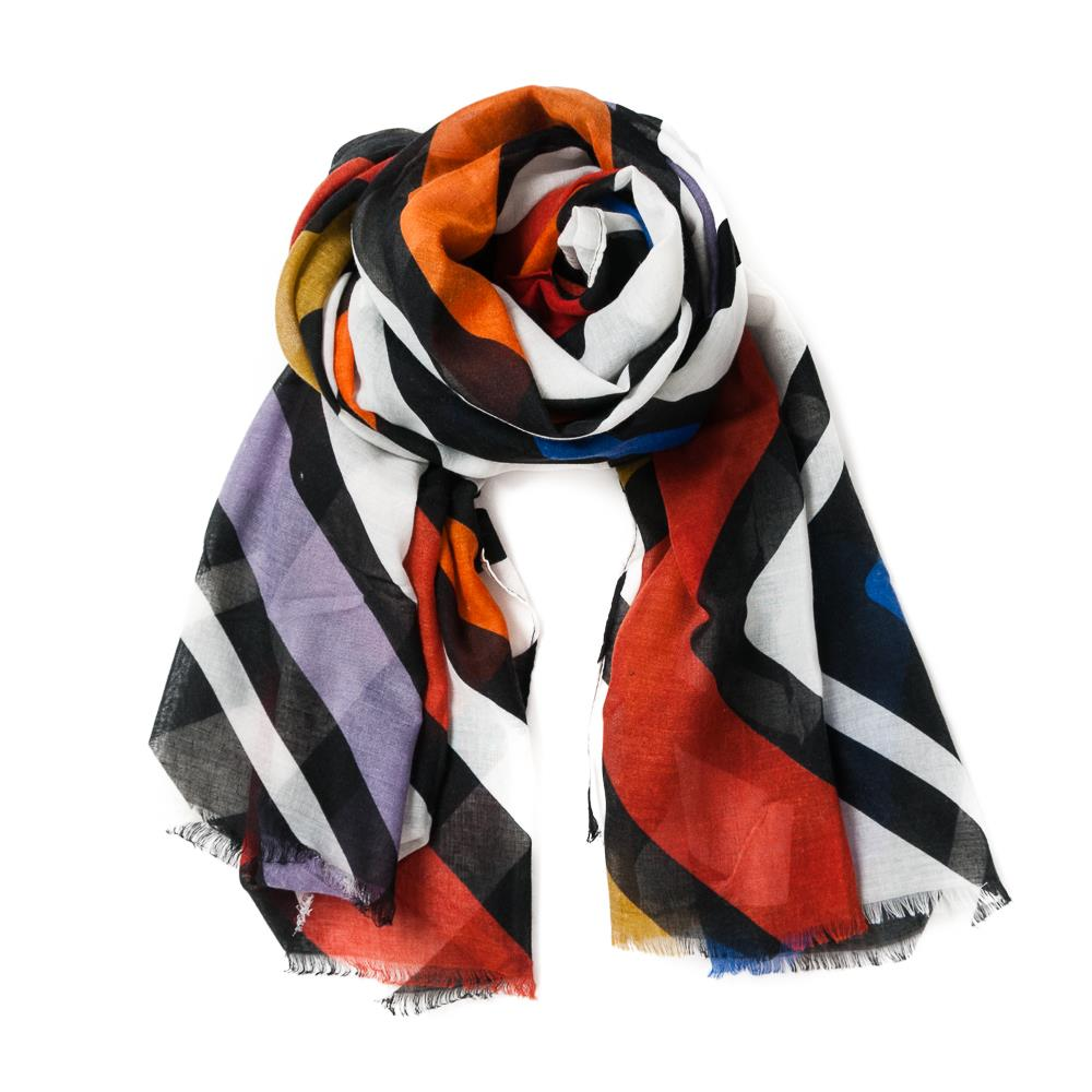 Scarf, grafical stripes black