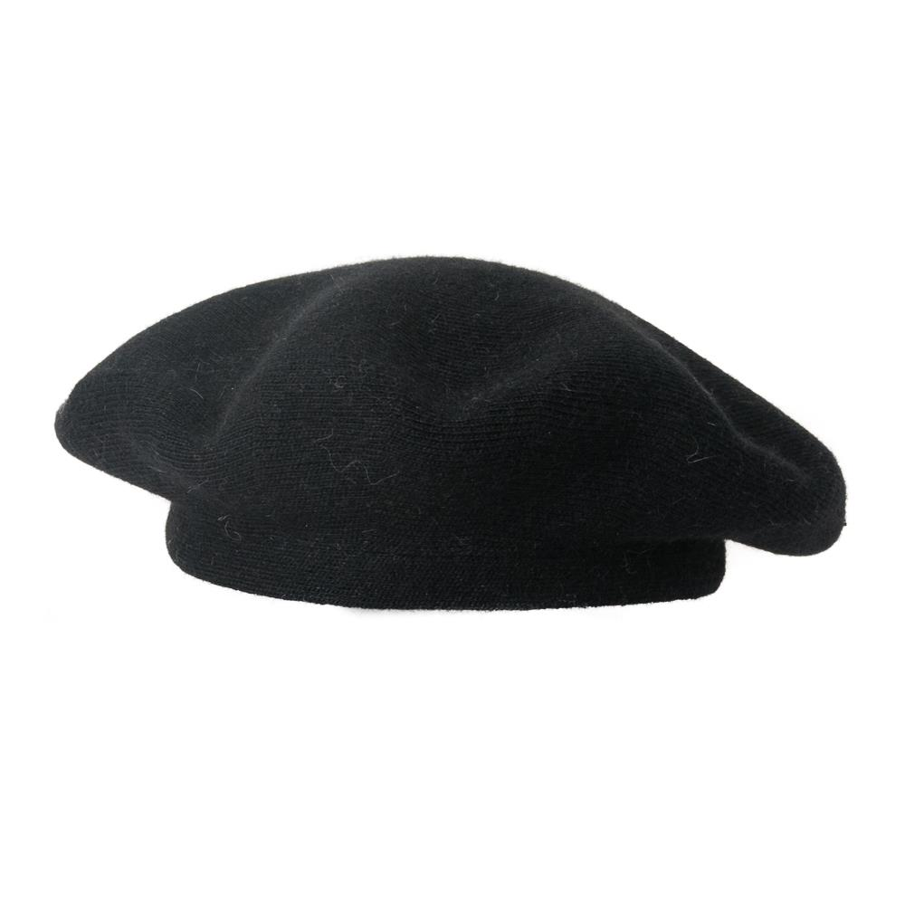 Hat, knitted wool beret black