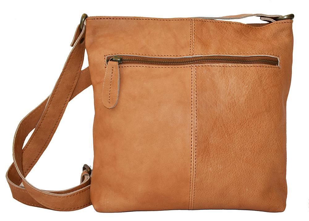 Bag, leather with zipper cognac