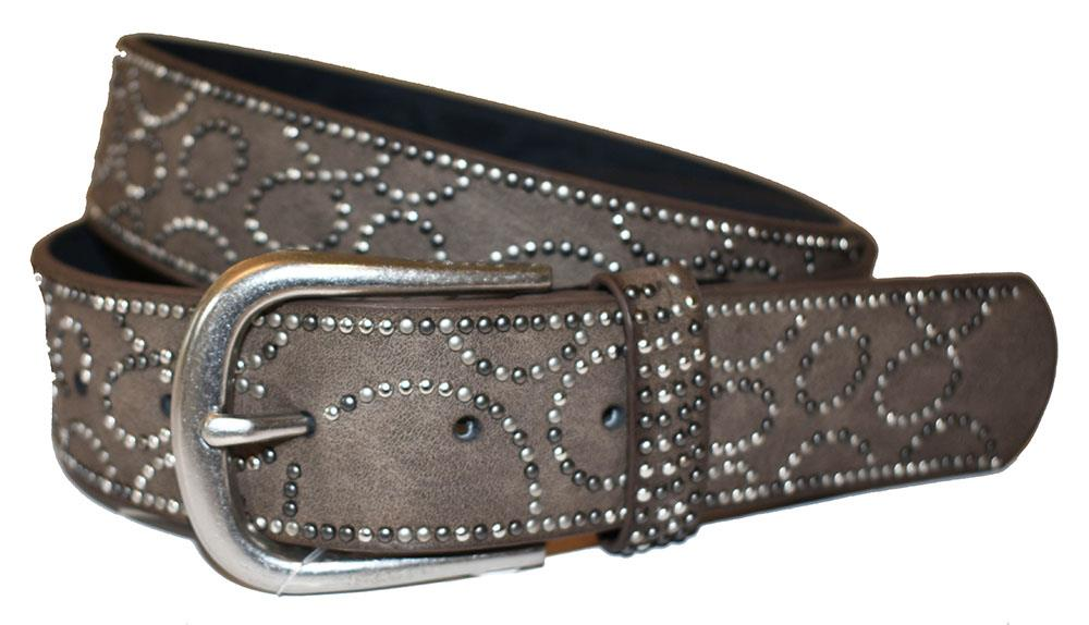 Belt, sirkels of rivets pattern