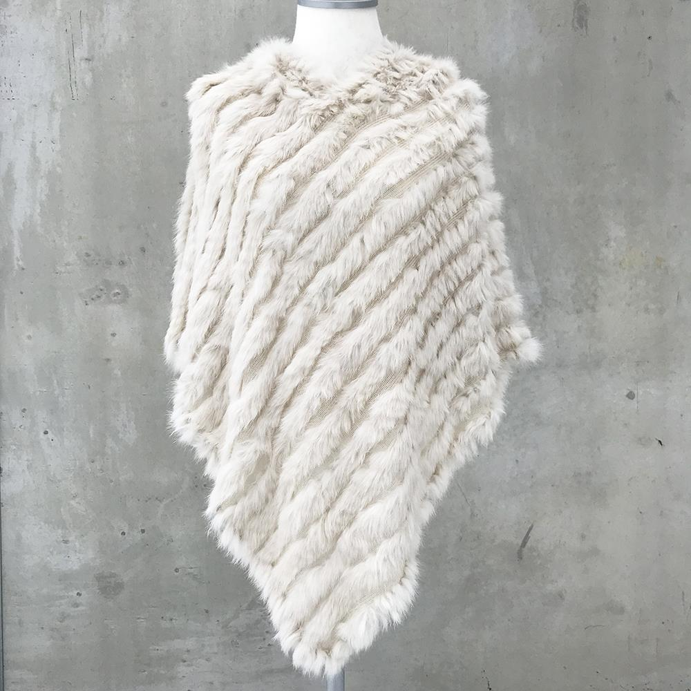 Scarf, fur poncho with hut Offwhite