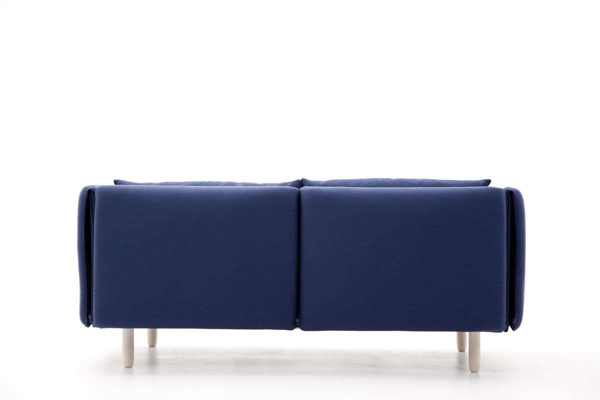 DUO Sofa. Eikeben. Innetekstil: Gr.3. Yttertekstil: Gr.3