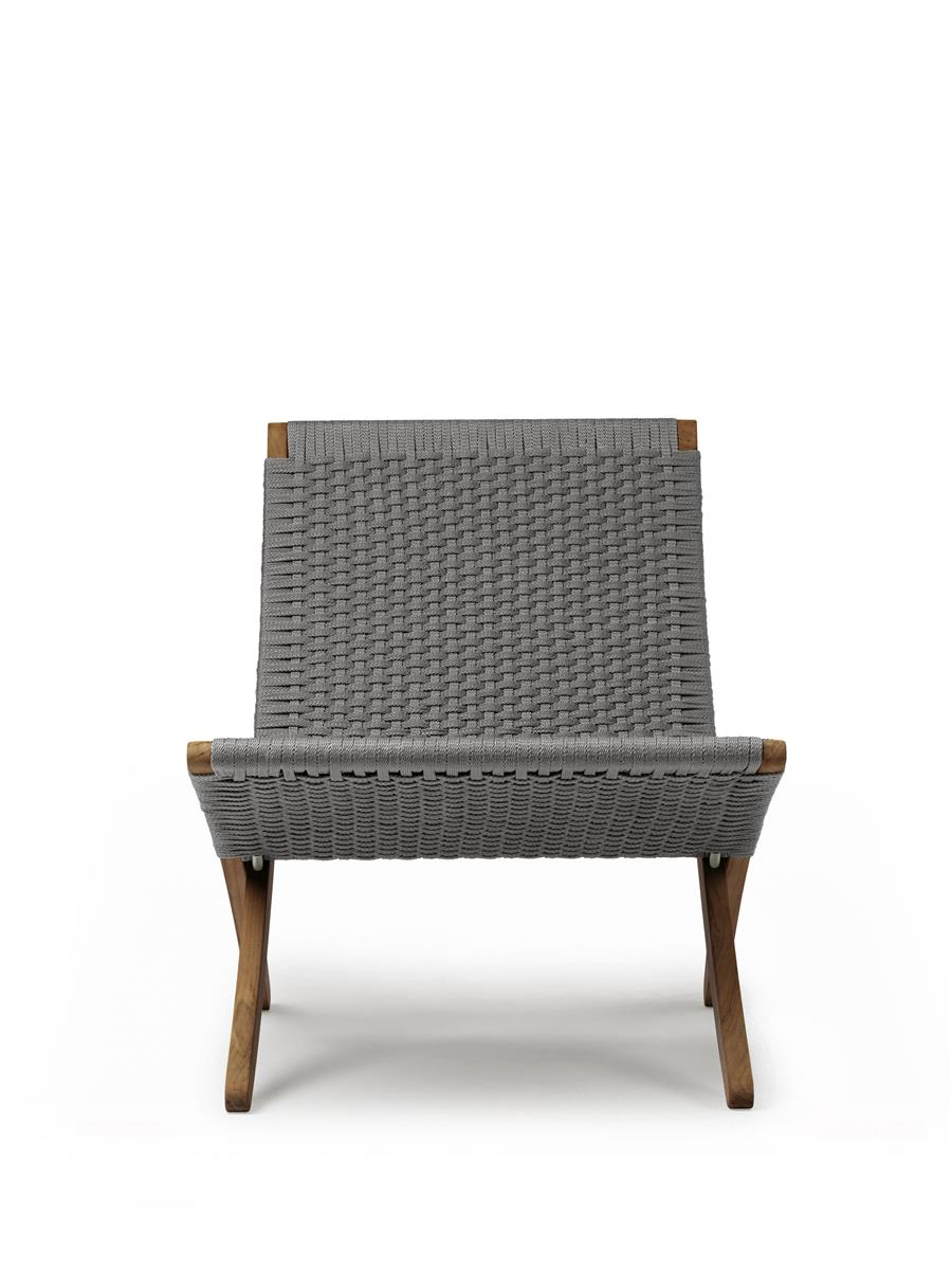 Cuba Outdoor Chair i oljet teak. Flatvevd Charcoal fletting.