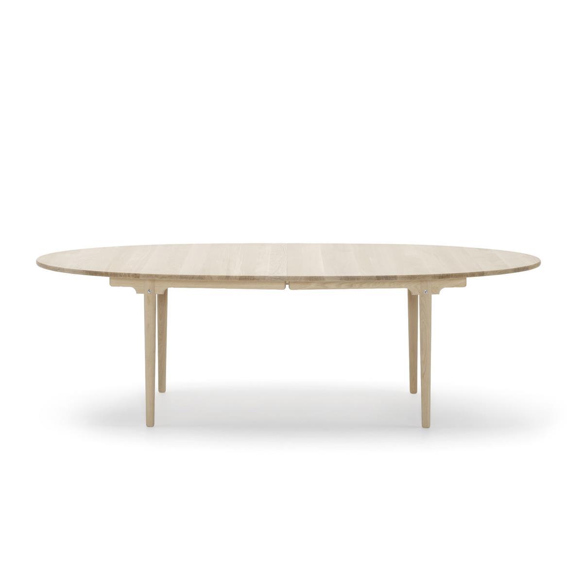 Euklides Eikund Øya Dining Table. Eik oljet. 210 x 110