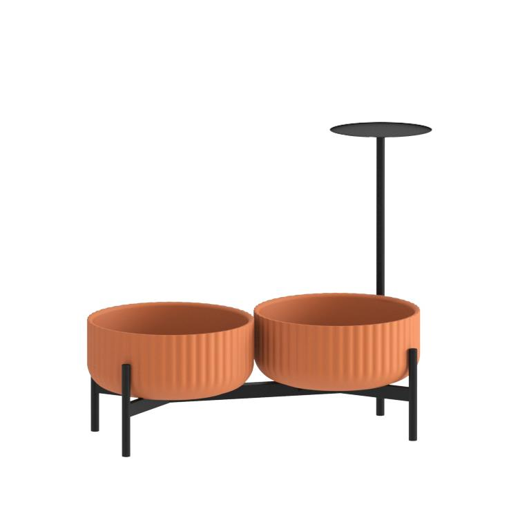 Klorofyll Double Low Base &  Low Terracotta Planters with Round Table