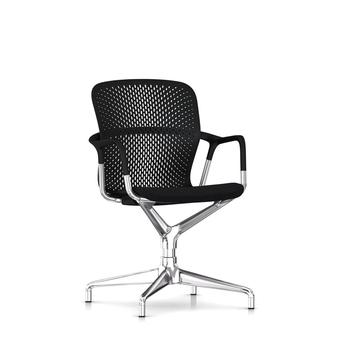 Keyn 4 Star Pedestal - Black & Polished Alu med sete i Camira Sprint, glidere for alle underlag