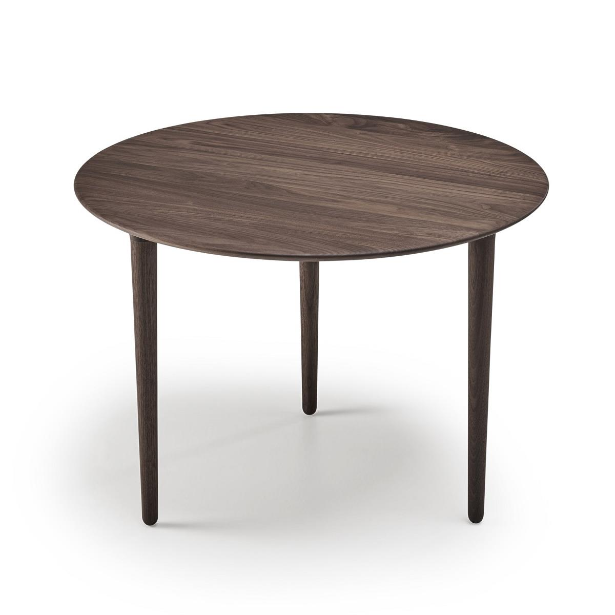 Evja Coffee Table. Valnøtt oljet. Ø85cm. H45cm.