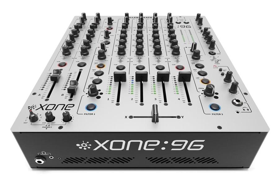 XONE:96 6 into 2 Club & DJ mixer 2 x 96k soundcard
