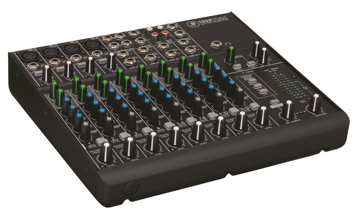 Mackie 12-ch mixer w/4 XDR preamps
