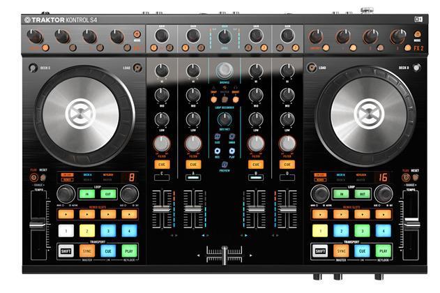 Native Traktor Kontrol S4 mk2 DJ Controller (22400)